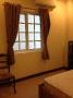 bedroom-with-wondow