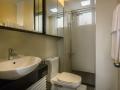 Bath room_1